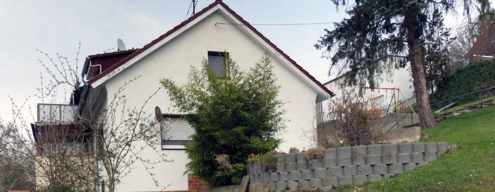 Saniertes 1-Familien-Haus auf großem Grundstück